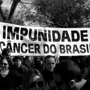 Brasil, um país de tolos